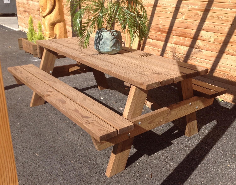 table avec bancs en douglas - Top Bois Direct