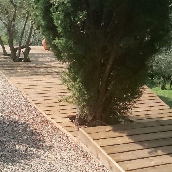 terrasse en pin traité marron